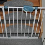 Treppenschutzgitter für Kleinkinder und Baby - Treppenaufgang