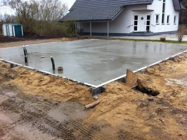 Fertige Bodenplatte für unser Einfamilienhaus