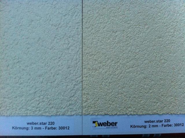 Hausfassaden-Farbmuster in gelb für unsere Aussenansicht