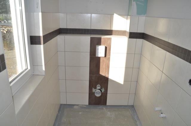 Helle Dunkle Und Mosaik Fliesen Für Die Gäste Toilette