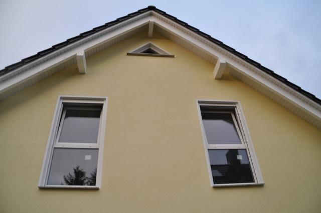 Gelb Wandfarbe für den Aussenputz