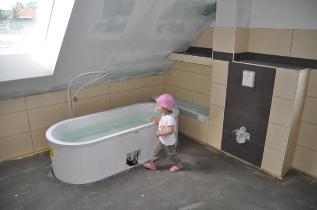 Ist die Badewanne dicht? Wir machen den Wasser-Test