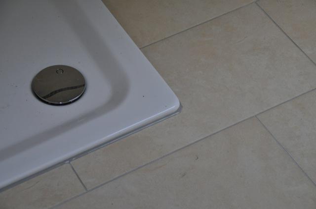 planung gestaltung und fotos der neuen dusche beim hausbau hausbau blog. Black Bedroom Furniture Sets. Home Design Ideas