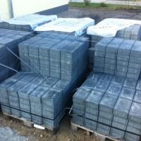 Pflasterarbeiten beim Hausbau mit Tegula Plan von Berding Beton