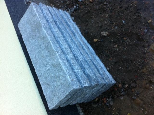 Naturstein: Granit fürs Eingangspodest