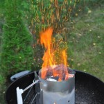 Anzündkamin für den Weber Holzkohle Grill