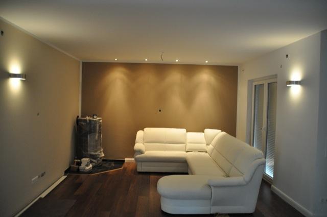Wohnzimmer-Beleuchtung: Deckenspots und Licht