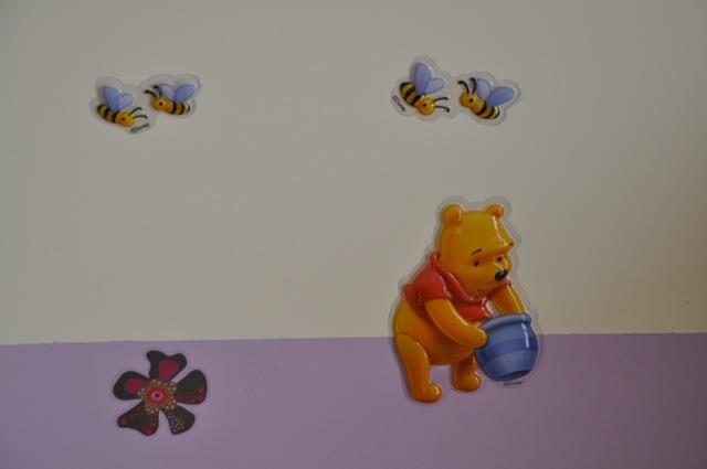 Wandbilder im Kinderzimmer für Mädchen - Winni-Puh geht immer