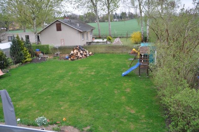 Rasenpflege im April