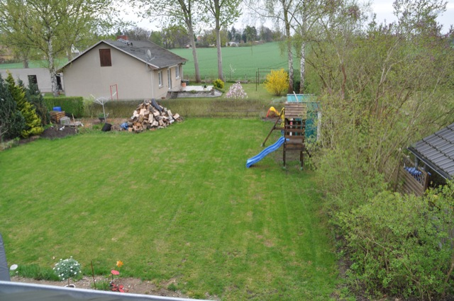 Rasenpfllege im Frühjahr - Ende April