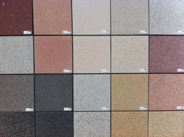 vergleich terrasse aus holz oder stein vorteile