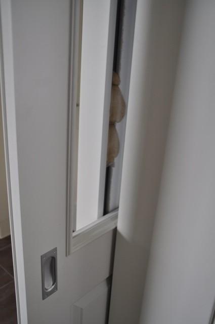 Wandspalte in der Schiebetür