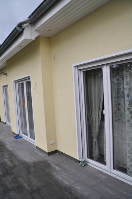 Doppelflügel-Balkontüren - dienen als große Fenster