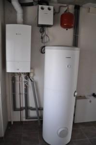 Gasheizung und Haustechnik im Hauswirtschaftsraum