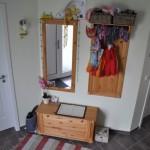 Gestaltung des Haus-Eingangsbereich: Ankleide mit Spiegel & Bank