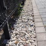 Wegbegrenzung aus Stein
