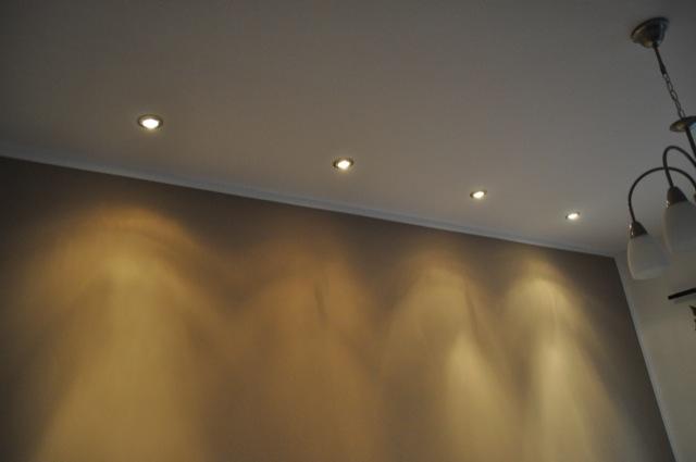 Deckenspots im Wohnzimmer -  Lichtkegel der spots