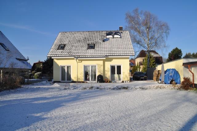 Weisse Pracht - Unser Neubau im Schnee