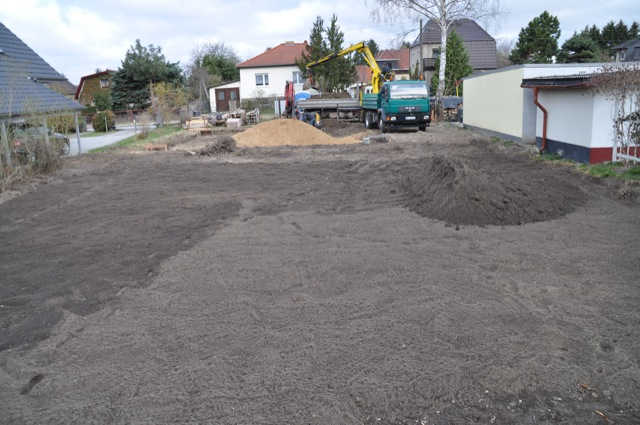 Bodenarbeiten und Erdarbeiten auf dem Baugrundstück