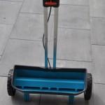 Gardena Streuwagen für Rasendünger, Rasensamen und Streusalz