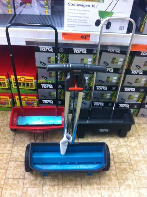 Streuwagen für Rasendünger - Test im Baumarkt