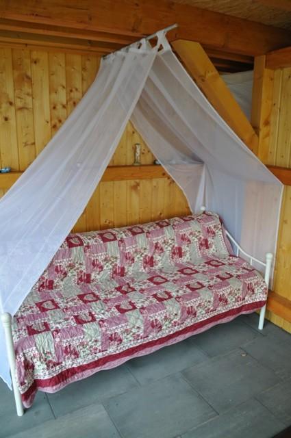 Bett, Liege, Sofa? Unser Gartenbett auf der Terrasse