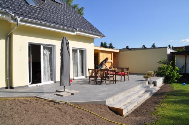 garten terrasse anlegen alle kosten fotos infos zum. Black Bedroom Furniture Sets. Home Design Ideas