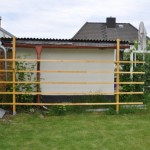 Sichtschutzgitter als Rankgitter im Garten