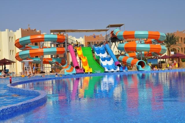 Rutschenanlage für den heimischen Swimmingpool?