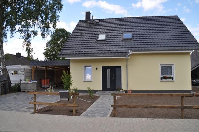 Neues Haus - aber kein richtiger Zaun