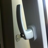 Einbruchschutz und günstige Fenstersicherung zum nachrüsten?