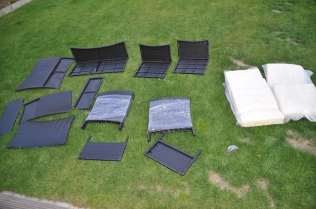 Lieferung - Aufbau aller Teile für unser Gartenmöbelset