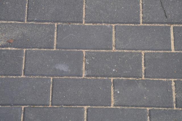 Terrasse selber Pflastern - So einfach gehts