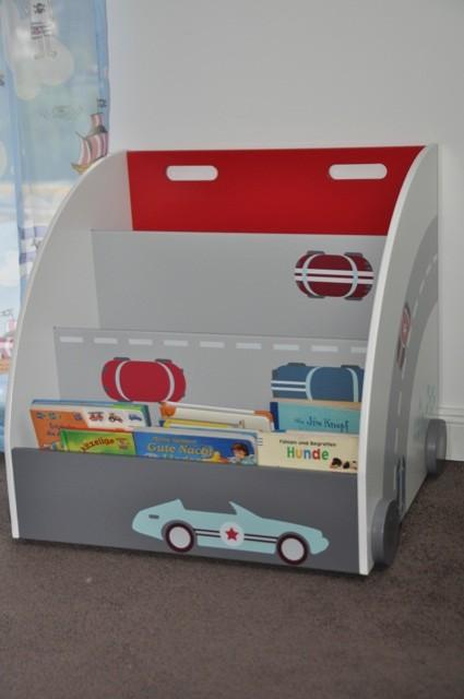 Regal mit Autos drauf - Perfekt für kleine Jungs