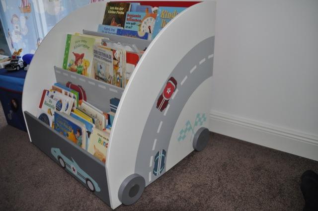 Bücherregal für Jung - Autos im Kinderzimmer