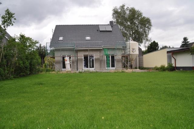 Hausbau im Grünen - Traum vieler Paare