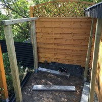 Schleppdach am Gartenhaus selber bauen – günstiger Holzunterstand