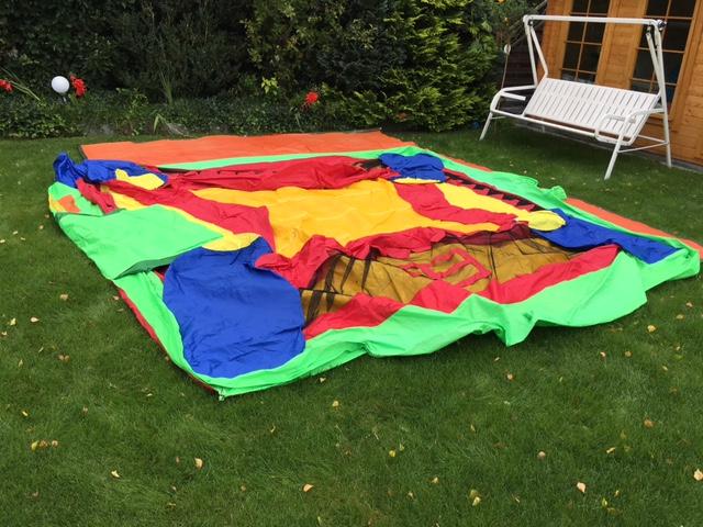 Hüpfburg im Garten aufstellen