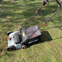 10 Tricks & Insider-Tipps zum Rasen Vertikutieren